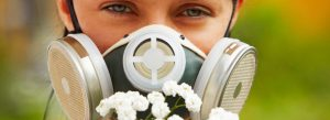 защита девушки от аллергии